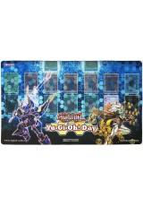 Playmat Oficial Konami - Yu-Gi-Oh! Day - Decode Talker e Honey Bot